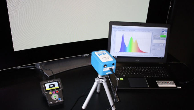 Monitor calibration with pattern generator and spectraval 1501